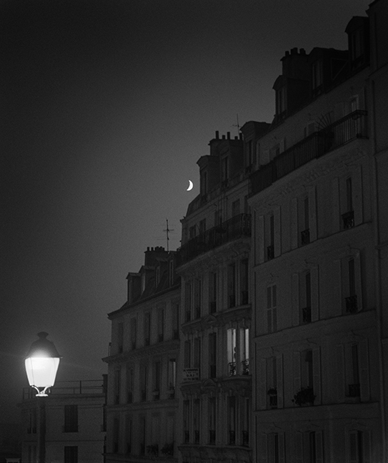 Langer_Moonrise Over Montmartre, 2002