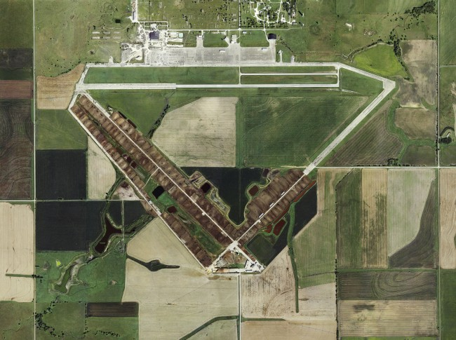 FEEDLOTS - Black Diamond Feeders Inc- Air Base- Herington- Kansas, Courtesy of Carroll/Fletcher
