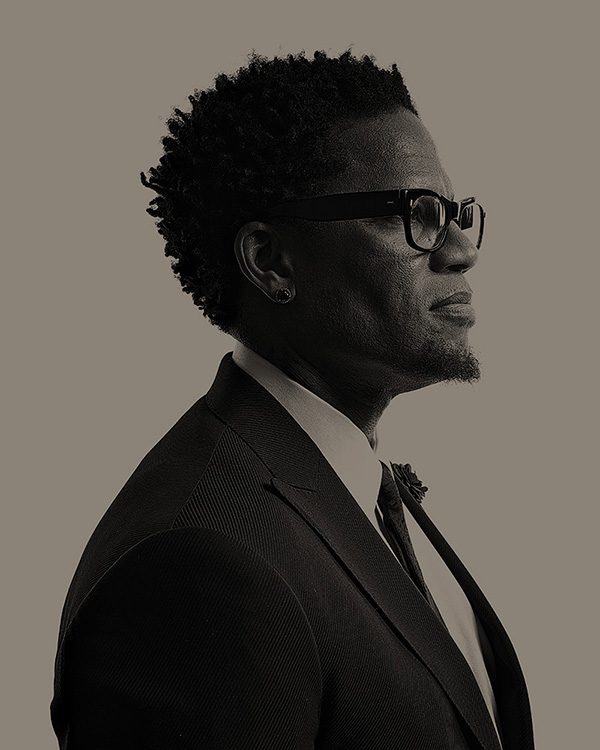 DL Hughley for New Wave Entertainment/DVD Cover (out-take)