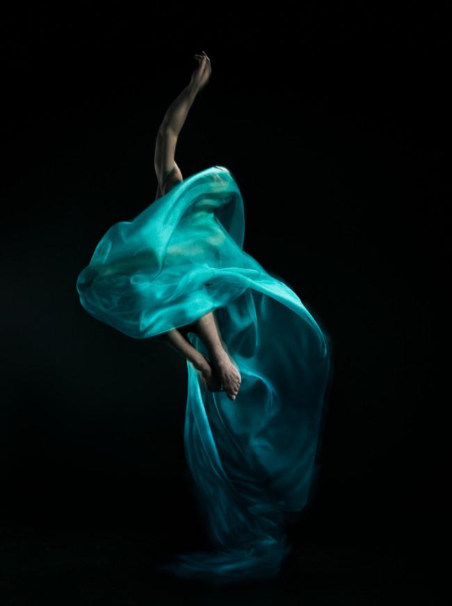 1047BK_Fabric_Dance_82689_v2R