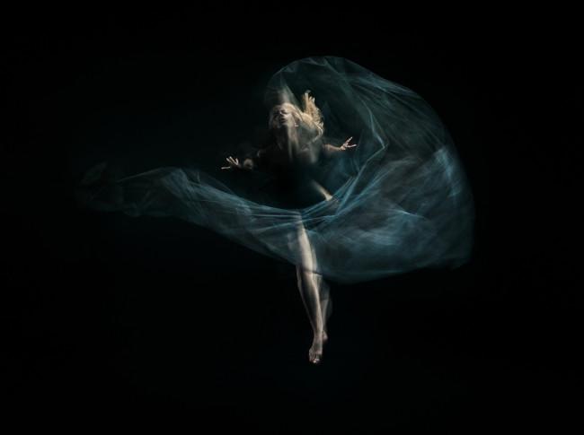 1047BK_Fabric_Dance_82899