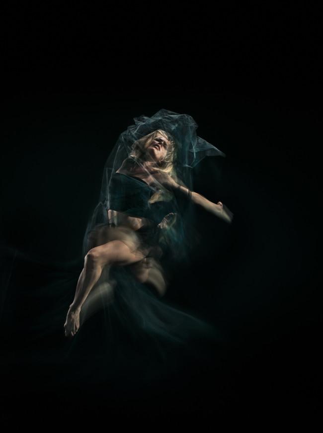 1047BK_Fabric_Dance_82921