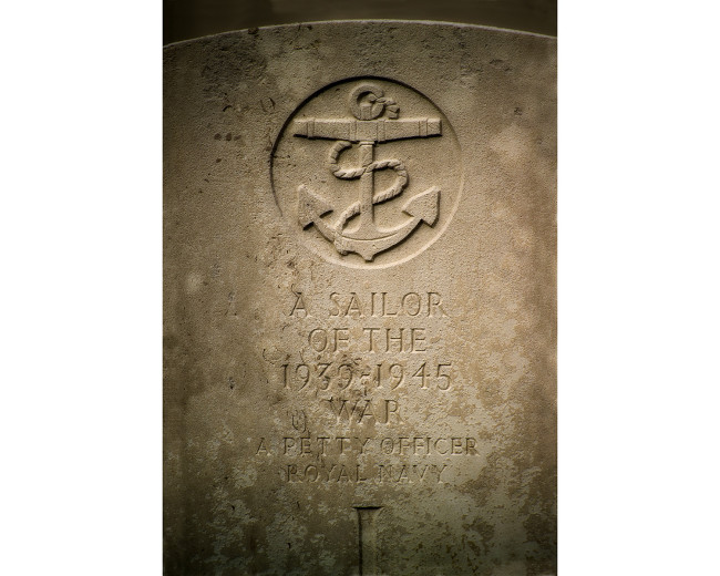 02 Royal Navy Tombstone LaBaule France