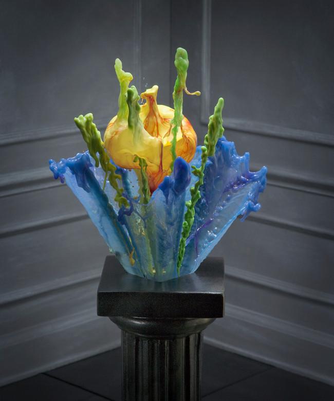 Fluid suspension Liquid Sculpture