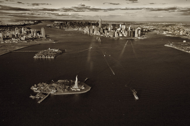 115 New York Harbor and Statue of Liberty copy
