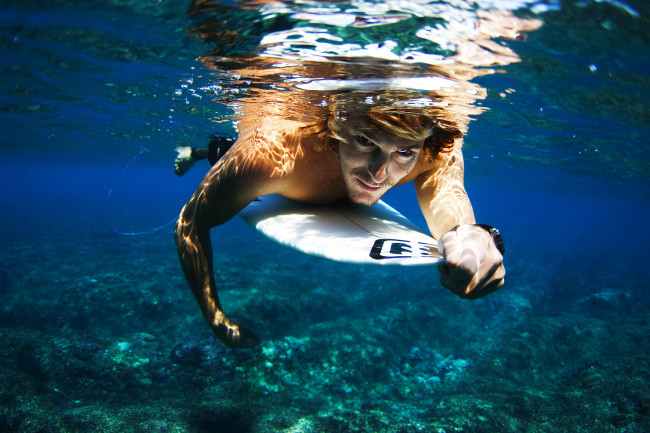 Andy Irons Underwater Portrait005