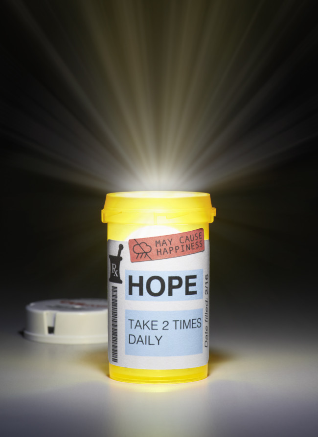 Pill_Bottle_Final_with_Cap_Cropped
