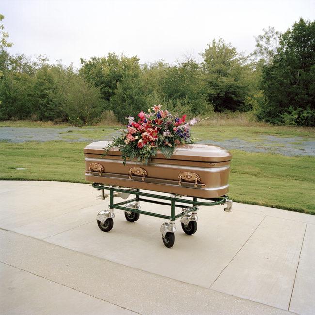 01-casket