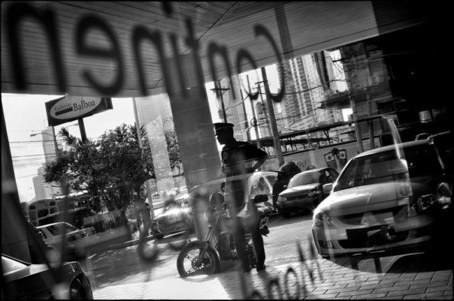 DESDE EL AUTOEXILIO Photography by Aaron Sosa Panama City - Panama 2010